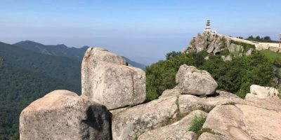 韓国大邱 ピスル山の山頂に建つ大見寺の全貌