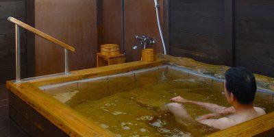 千葉県鋸南町安房温泉「紀伊乃国屋」と「頼朝サザエの味噌漬け」